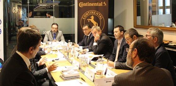 Se celebra la VI Cumbre del sector de Carretillas en España